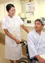 元気に看護するナースのイメージ写真